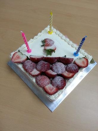 Market Basket Birthday Cake
