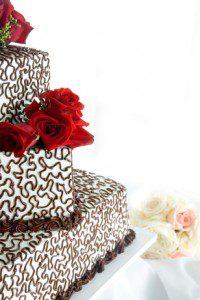 h-e-b wedding cake