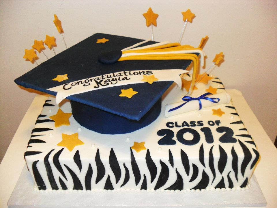 Where to Buy the Perfect Graduation Cake