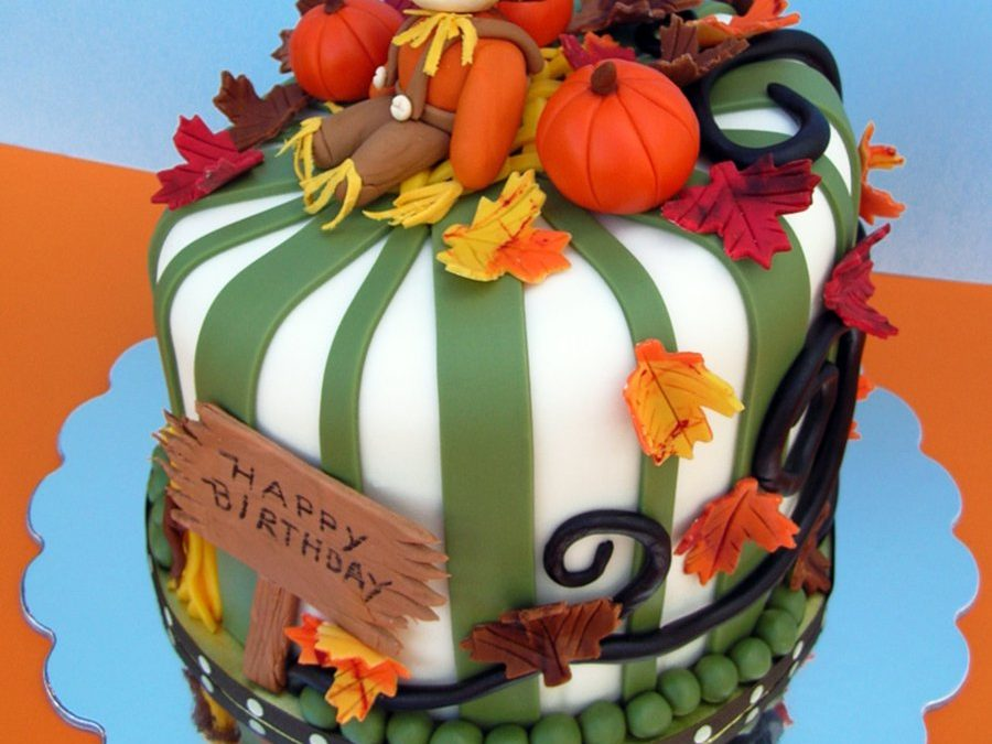 5 MUST See Fall Birthday Cakes For You To Recreate!