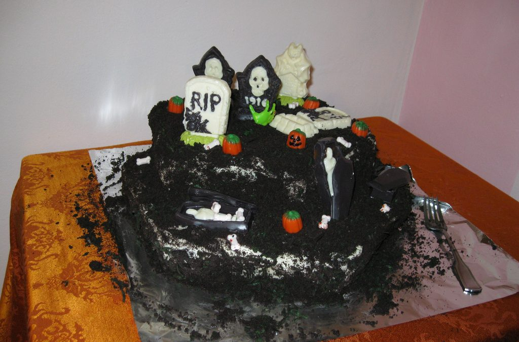 Halloween Cakes for the Spookiest Party This Fall