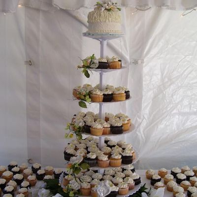 Cupcake Toppers and Tiers