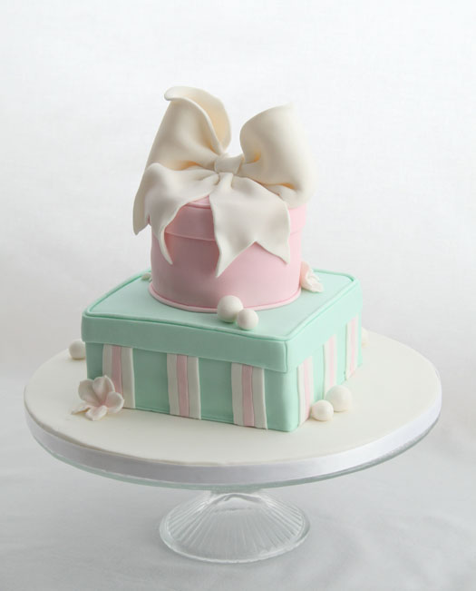 Gift Box Cake with white ribbon