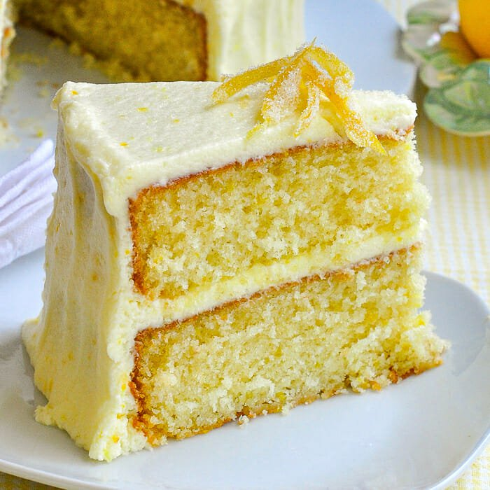 Lemon Cake with toppings