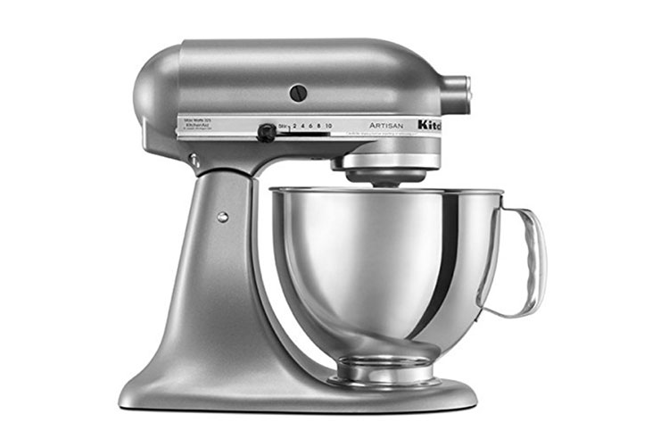 KitchenAid Artisan Mixer Review: A Heavy-Duty Tool For Your Baking