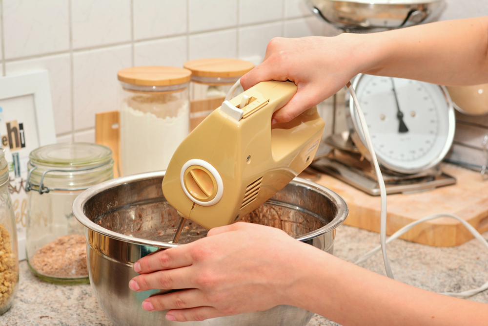 The 7 Best Hand Mixer Options You Can Buy This Year